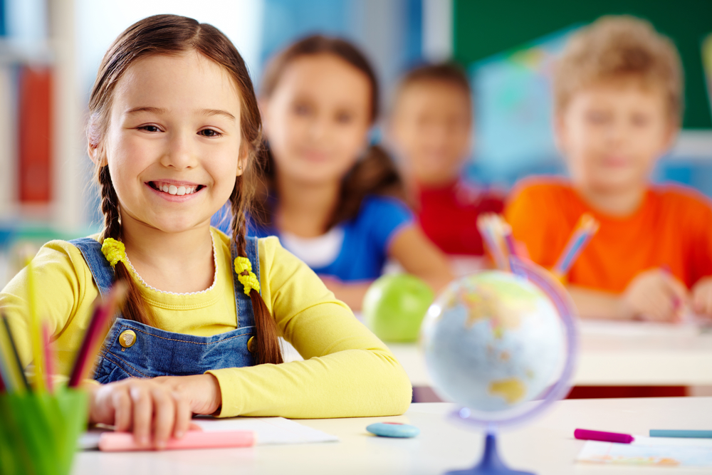 benefícios de falar inglês desde pequeno